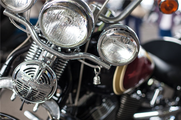 8 Motorcycle Lighting Tips