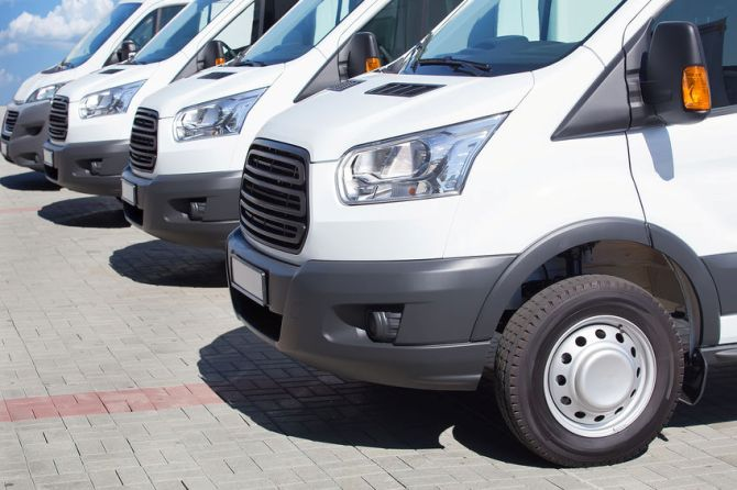 3 Must-Have Aftermarket Accessories for Your Commercial Fleet